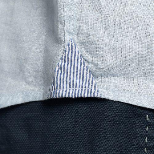 Détail chemise